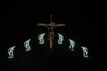 angels & crucifix
